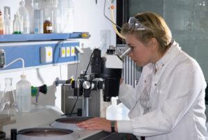 Проведение химической экспертизы